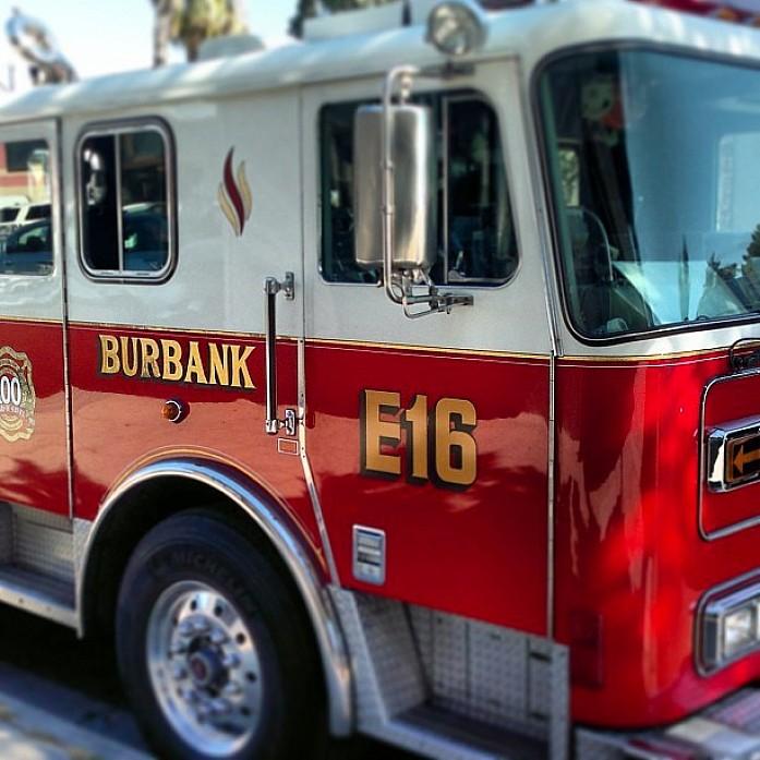 Пожарные машины очень красивые.