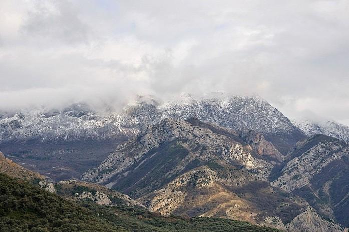 Горы Румия. Их видно из любой точки города