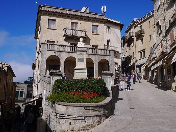 В Сан-Марино из Римини - вся полезная информация