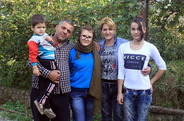 Дальнобойщийк Илья и его замечательная семья, у которых я гостила 5 дней в Кахетии