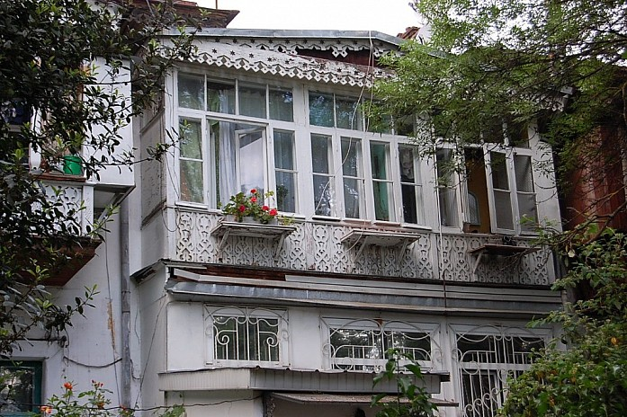 ялтинские балконы