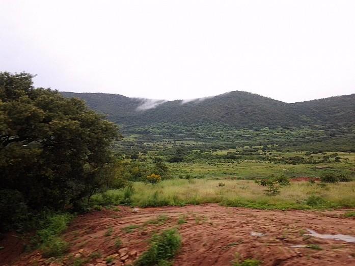Холмистый пейзаж Восточной Провинции