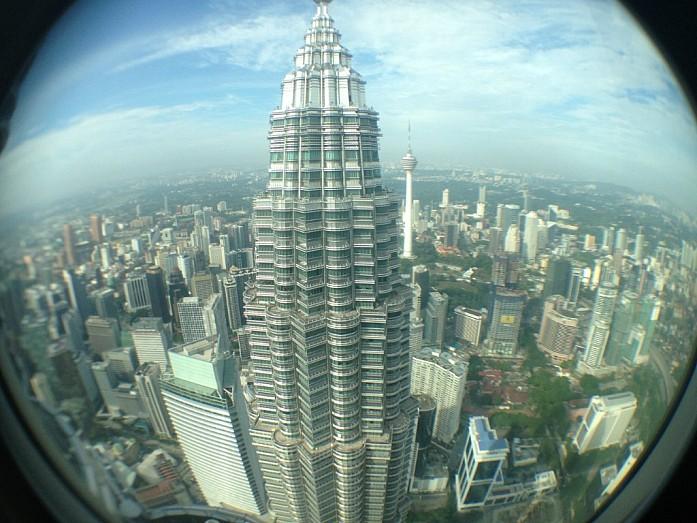 Панорама Куала-Лумпур с высоты 375 метров (во время посещения смотровой площадки в 2013 году)