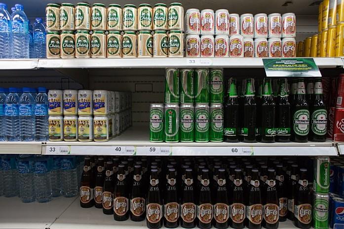 Полки с пивом