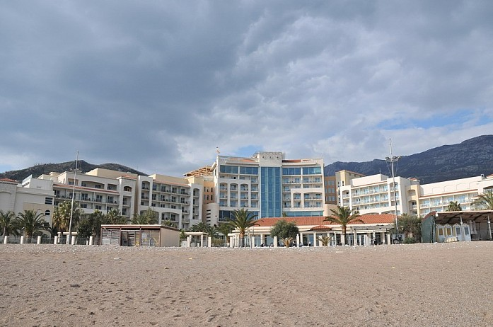Бесплатные пляжи тоже весьма неплохи и радуют мягким песком и чистотой