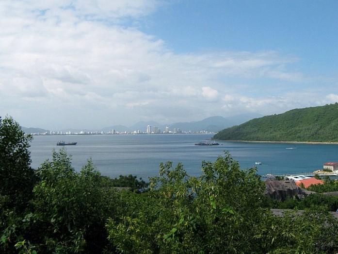 Нья Чанг. Вид с острова Винперл.