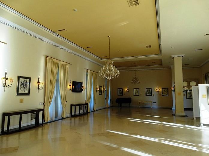 дворец Ахилеона