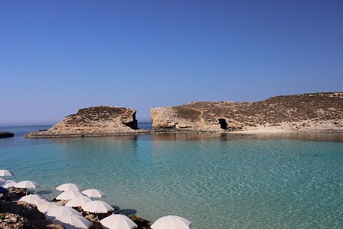 Песчаный оборудованный пляж на Камино