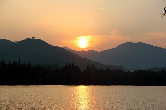 Озеро Си Ху на закате