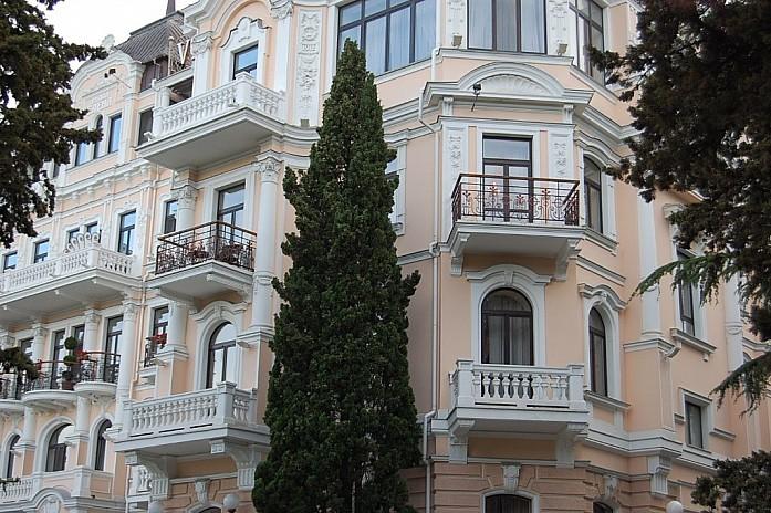 красивое здание, по-моему гостиница