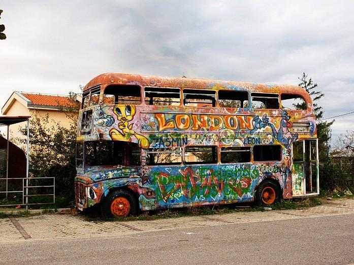 красивый автобус