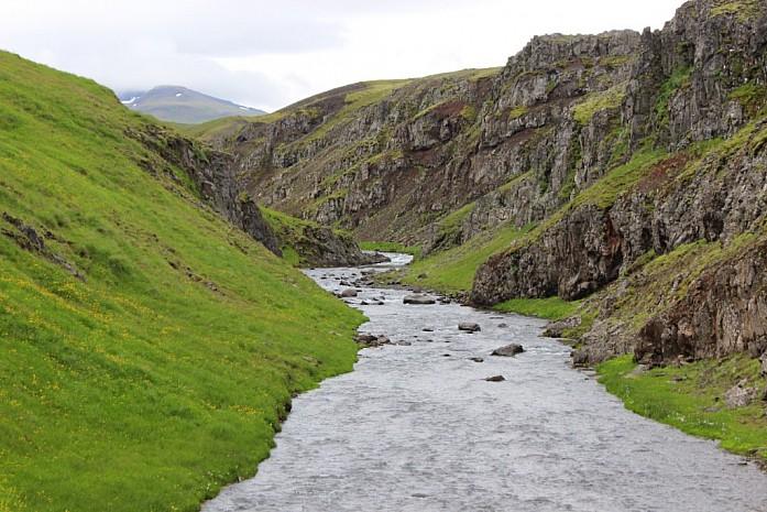 Очередная горная речка