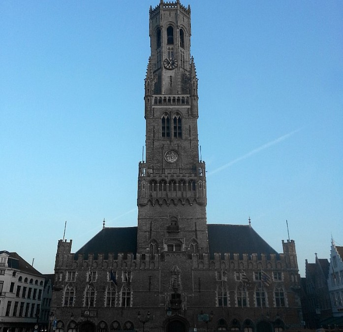 <em>Башня Белфорт в Брюгге</em>