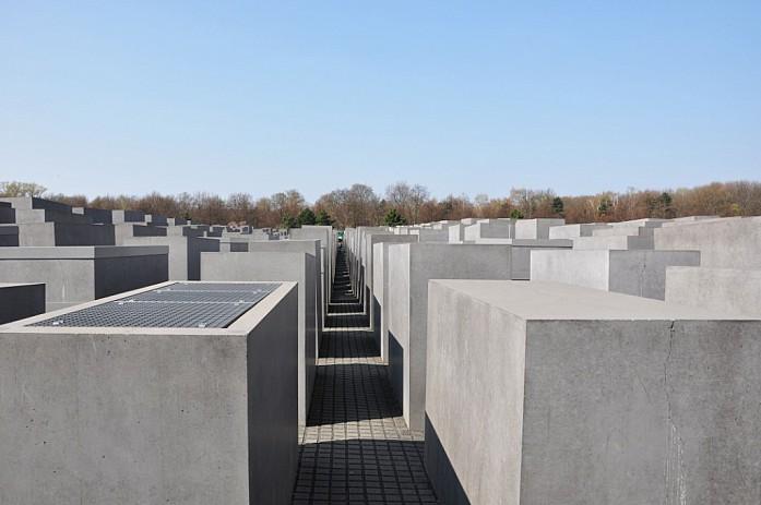Мемориал памяти убитых евреев