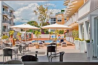 Отель BQ Amfora Beach Hotel