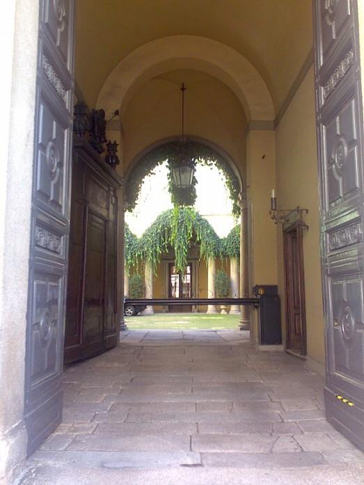 Итальянский дворик в центре Милана