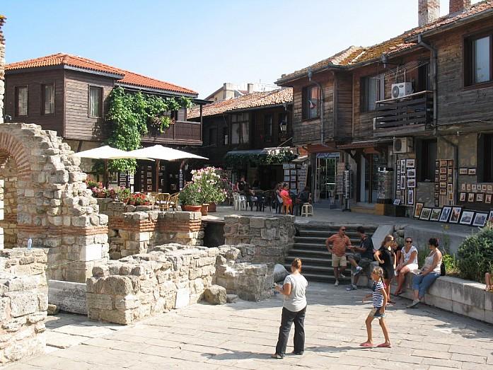 Антикварные лавки в Старом Несебре