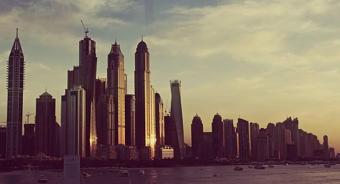 Дубаи Марина на закакте