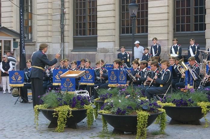 Типичная тусовка выходного дня перед музеем Нобеля