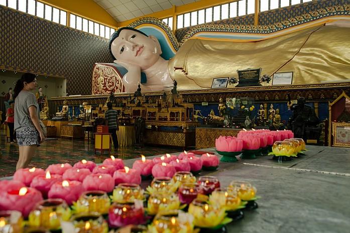Лежащий Будда. Фото - Доронин Кирилл