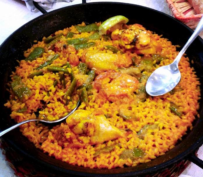 <em>Валенсийская паэлья в ресторане El Palmar</em>