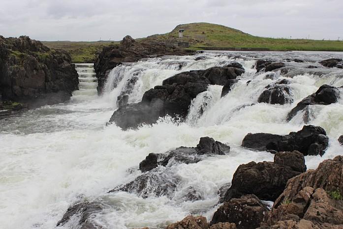 Первый внушительный водопад