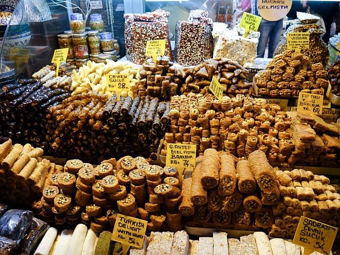 турецкие сладости на Египетском базаре