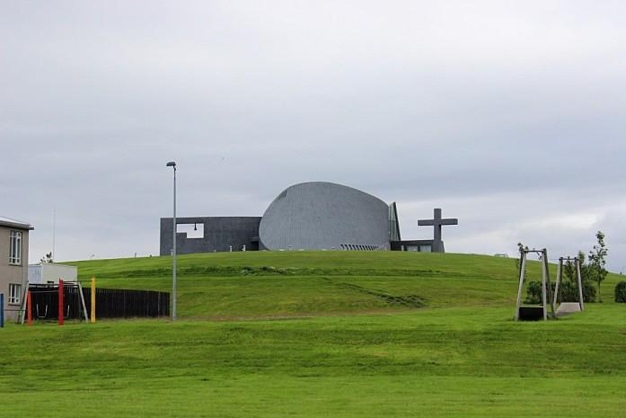 Церковь в Блёндюоусе
