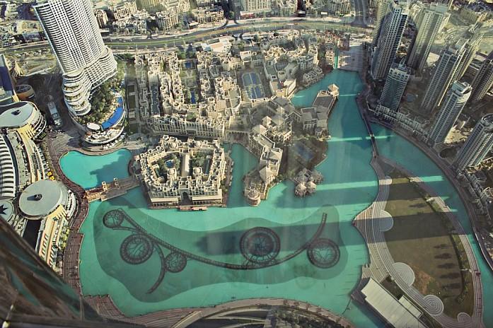 Вид на поющие фонтаны с Бурдж Халифа