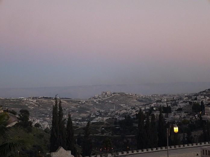 Каков Иерусалим вне стен старого города?