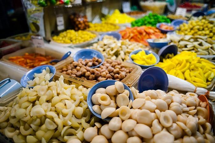 Знаменитые пенангские маринованные фрукты. Фото - Доронин Кирилл