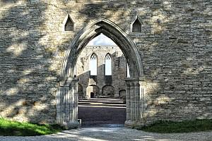 Яхтклуб и монастырь Биргиттинок в Пирита