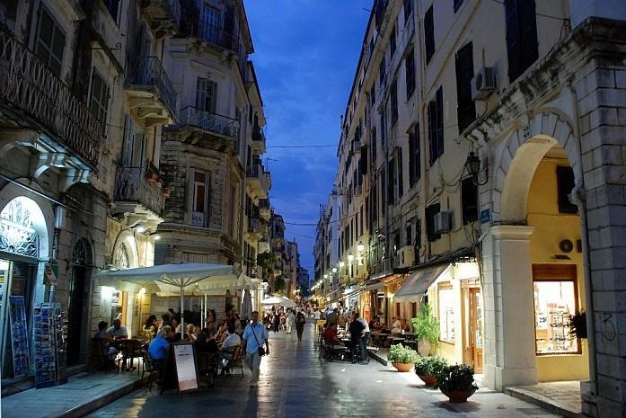 Ночная столица Керкира