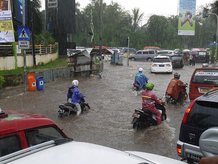 Джакарта - город, который сложно любить